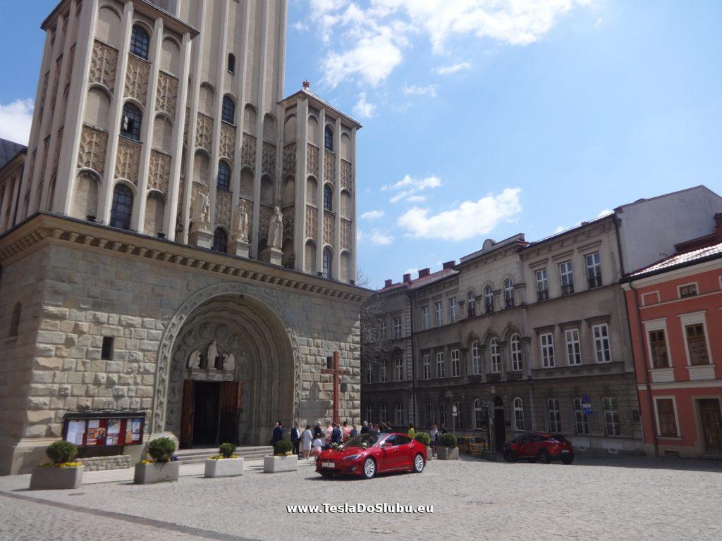 Tesla do ślubu Bielsko-Biała (ślub w Katedrze św. Mikołaja w Bielsku)