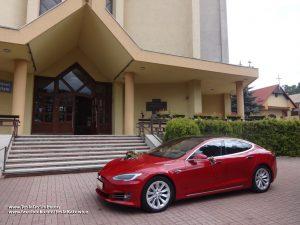 Tesla do ślubu Katowice Giszowiec (kościół Św. Barbary)