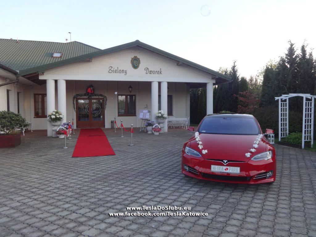 Tesla do ślubu Skierdy (woj. mazowieckie)