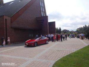 Tesla wynajem do ślubu i na wesele w Jankowicach