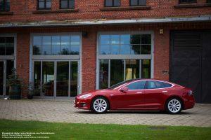 Tesla Model S do ślubu