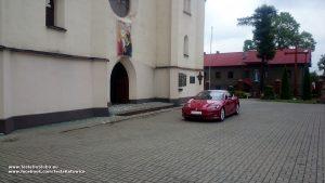 Tesla wynajem do ślubu Sosnowiec - Kościół Św. Joachima w Sosnowcu