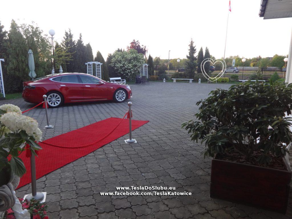 Tesla wynajem na wesele Skierdy (woj. mazowieckie)