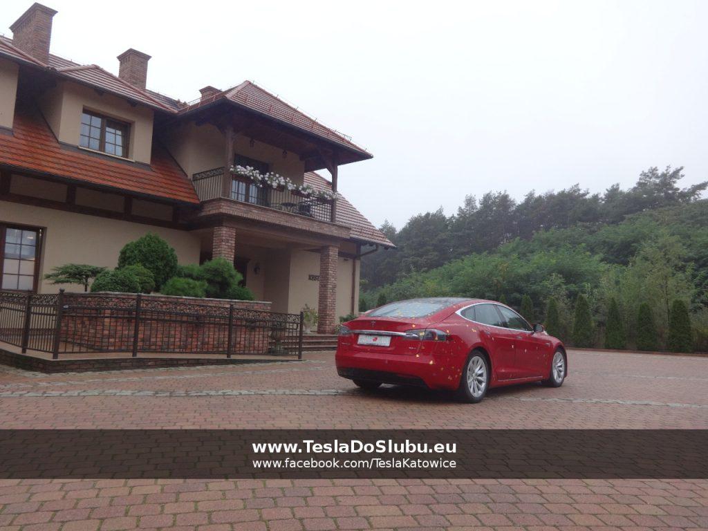 Tesla wynajem na wesele Zielona Góra hotel Forrest