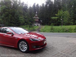 Tesla - ślub w zakopiańskiej kaplicy w Jaszczurówce